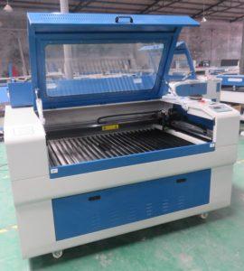 macchina taglio e incisione laser
